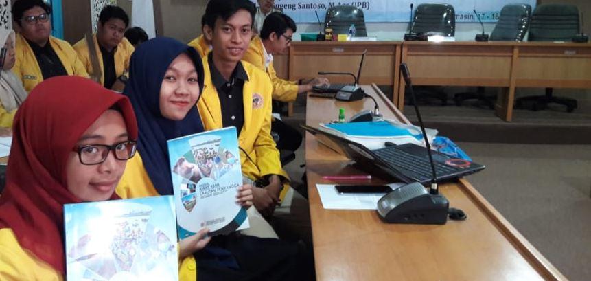 TIM PKM PROGRAM STUDI PENDIDIKAN KIMIA TEMBUS PIMNAS 2018